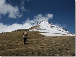 потухший вулкан Арагац
