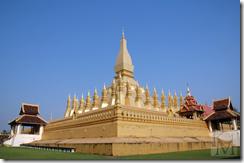 храм Пха Тхат Луанг