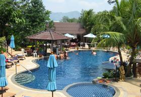 На острове находится несколько сотен отелей