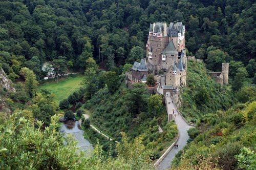 Путешествие в замок Эльц
