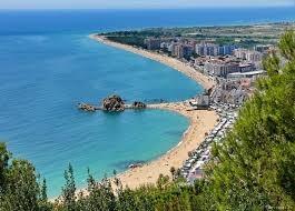 Испанский курортный город Бланес на побережье Коста Брава