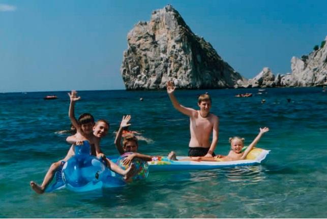 Отдых с детьми: подходящие курорты ЮБК и феерические развлечения