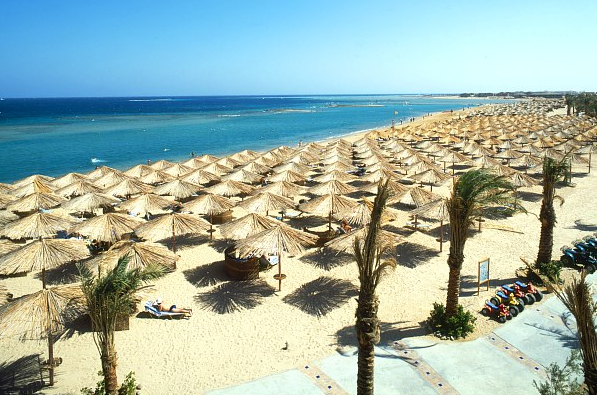 пляжи Макади