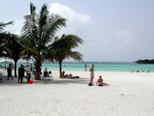 Бока Чика популярен своим шикарным пляжем