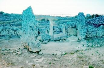 Колеи доисторических повозок