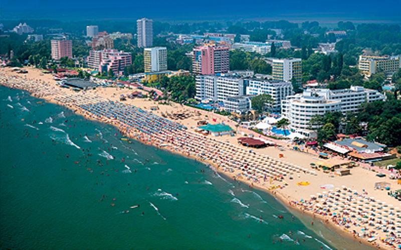 песчаный пляж  Курорт Солнечный берег