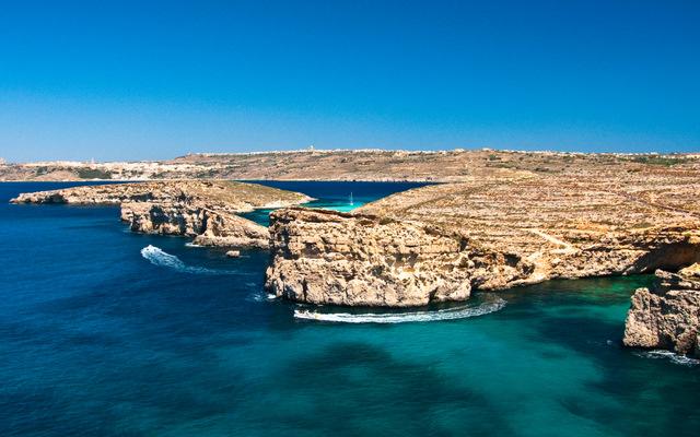 Отдых на Мальте: остров Комино